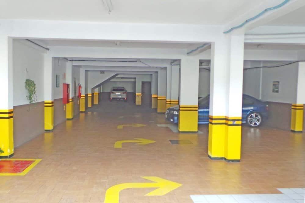 ساحة لركن السيارات