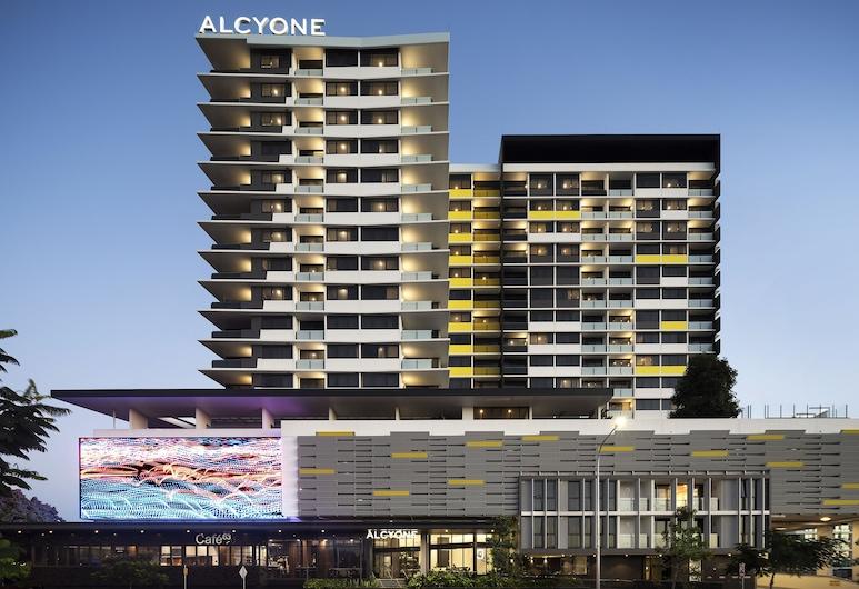 Alcyone Hotel Residences, Hamilton, Mặt tiền nơi lưu trú