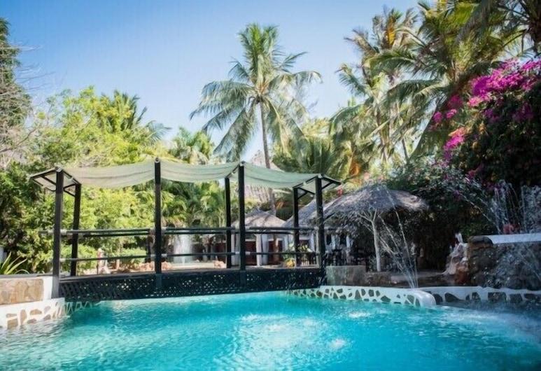 Scorpio Villas Resort, Малинди, Открытый бассейн