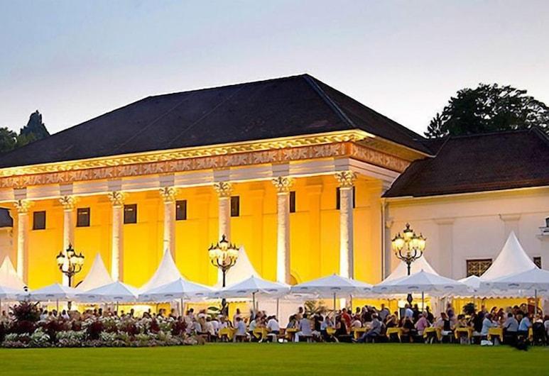 Hotel Loehr, Baden-Baden, Nachtclub