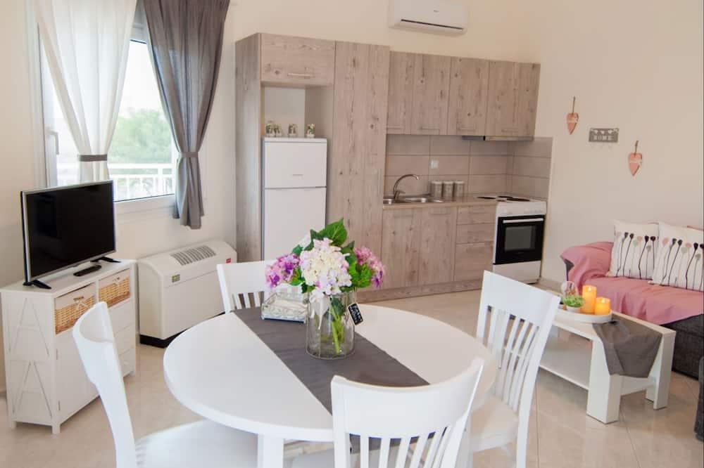 Apartment, 2 Bedrooms (Ortansia) - Tempat Makan dalam Bilik