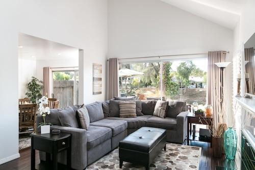 Agoura Hills W Landscaped Yard 3 Bedroom Home Em Agoura Hills Hoteis Com