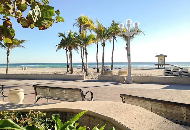 Cool Tide  - One Block From Boardwalk! 1 Bedroom Cabin, Hollywood, Cabin, 1 Bedroom, Beach