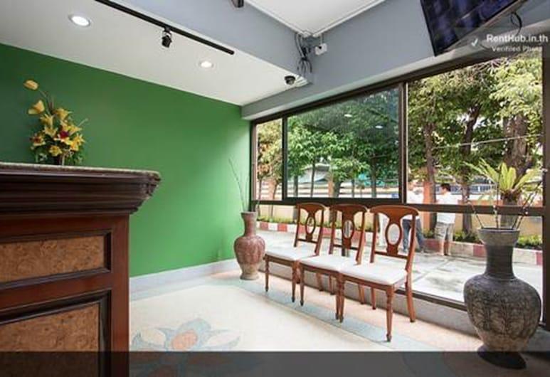 Homeplace Residence, Bangkok, Priestory na sedenie v hale