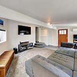 House, 3 Bedrooms - Bilik Rehat