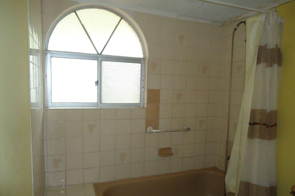 Standard İki Ayrı Yataklı Oda, 2 Tek Kişilik Yatak, Özel Banyo - Banyo