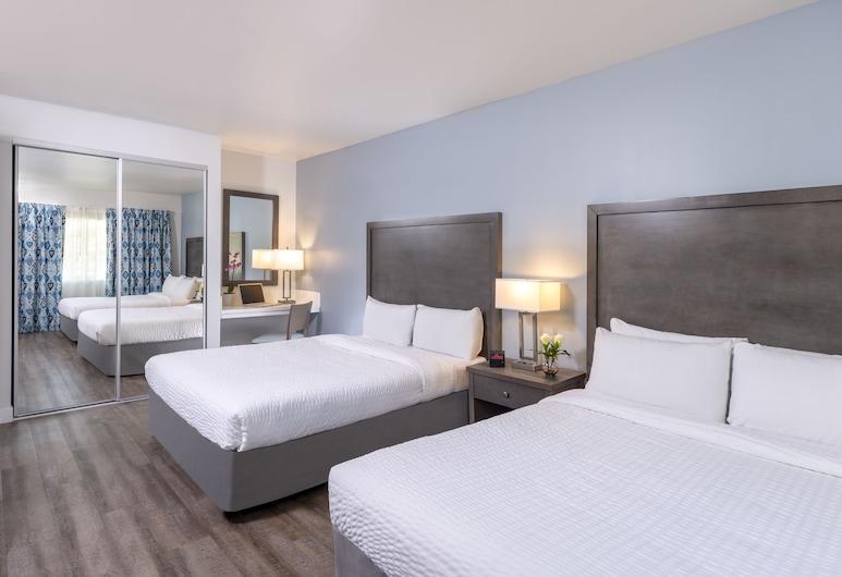 達納點海濱套房旅館, 達納點, 頂級套房, 多張床, 小廚, 海景, 客房