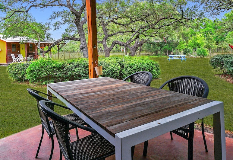 Secluded Cottage With Quick Access to Area Attractions, San Marcos, Varanda