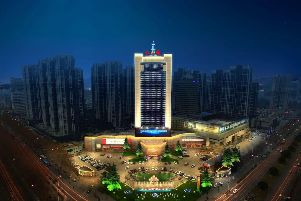 Πρόσοψη ξενοδοχείου