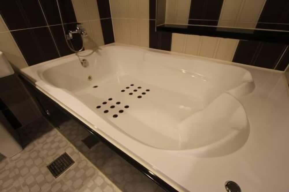Quarto (Party) - Casa de banho