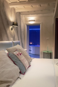 Picture of Delsi Suites Pantheon in Rome