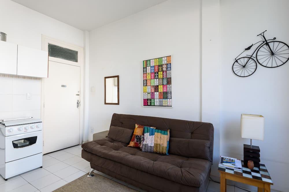 Classic Apartment, 1 Bedroom, Concierge Service, Ocean View - Living Area