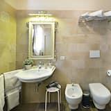 Chambre, 2 lits une place - Salle de bain