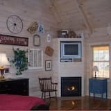 Cabin, 1 King Bed (309: Old Glory) - Living Area