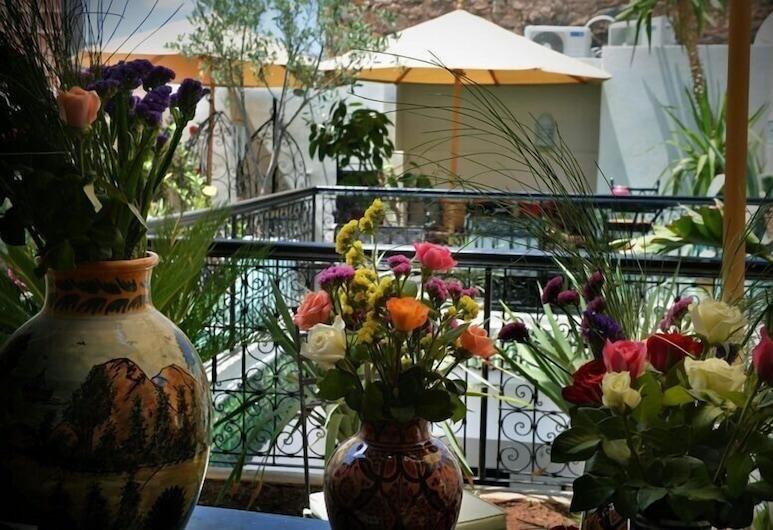里亞德藍色托帕石飯店, 馬拉喀什, 露台