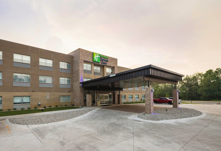 Holiday Inn Express and Suites Portage, Portage