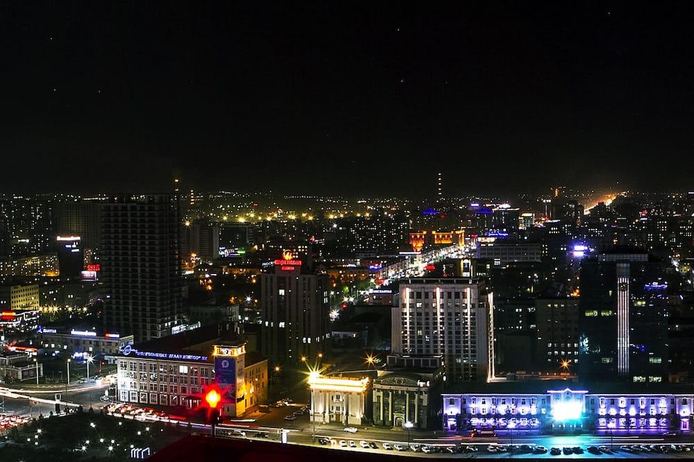 Стандартний двомісний номер, 1 ліжко «квін-сайз», з видом на місто - З видом на місто