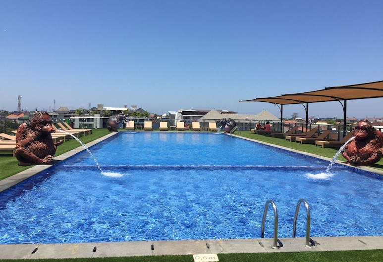 Sulis Beach Hotel and Spa, Kuta, Teras Havuzu