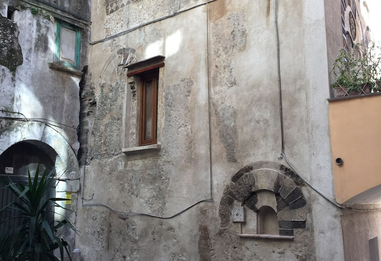 Casa Normanna, Salerno, Apartment, 1 Bedroom, Courtyard View