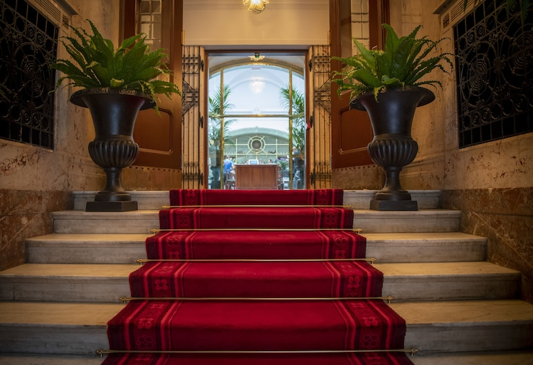 Bank Hotel, a member of Small Luxury Hotels of The World, Stockholm, Entrén inifrån