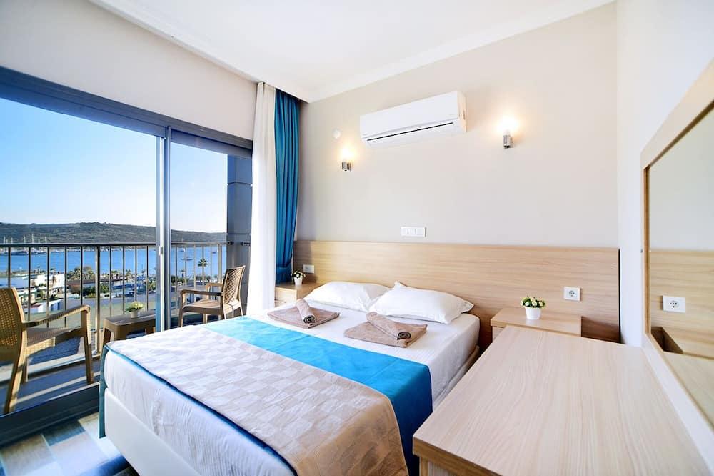 דירה, נוף לים - חדר אורחים