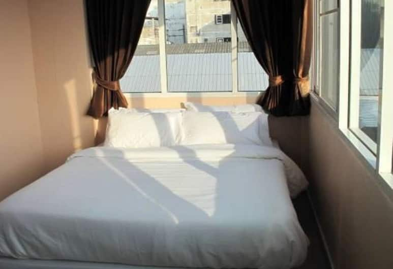 Pearl Residence Serviced Apartment, Bangkok, Standard Double Room, Guest Room