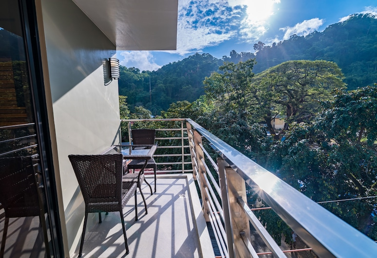 珊瑚懸崖飯店, 愛妮島, 豪華客房, 1 張加大雙人床, 陽台, 陽台