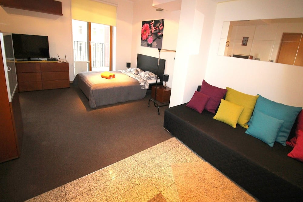 Business Studio, 1 Double Bed - Living Area
