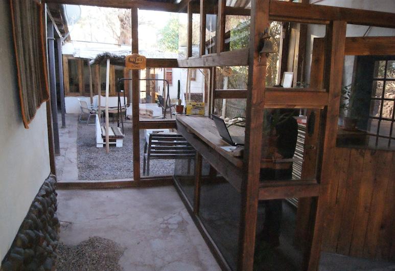 在地陶器青年旅舍, San Pedro de Atacama, 入口