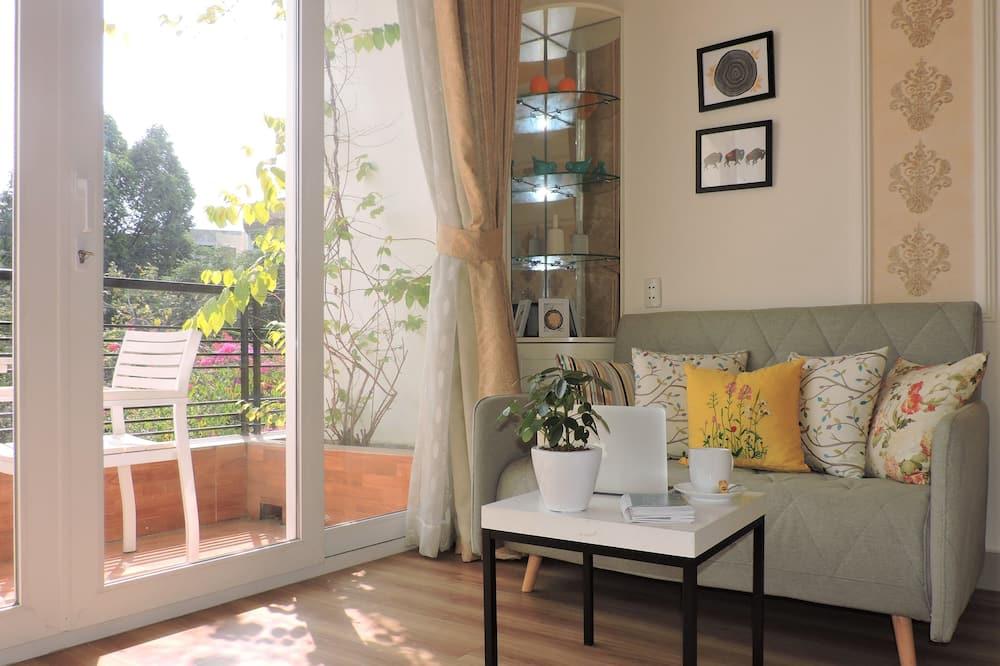 Junior Suite, Balcony - Living Area