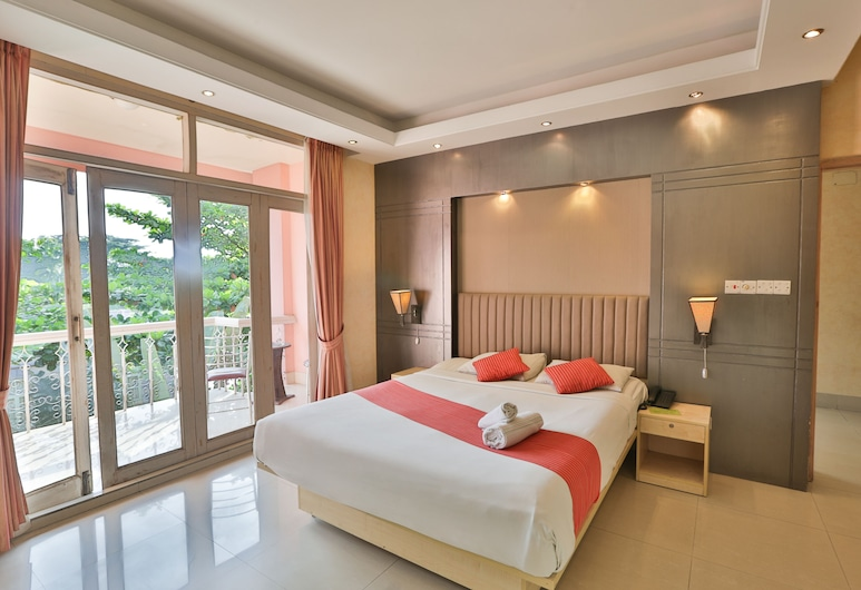 Foys Lake Resort, Chittagong, Suite, Lake View, Guest Room