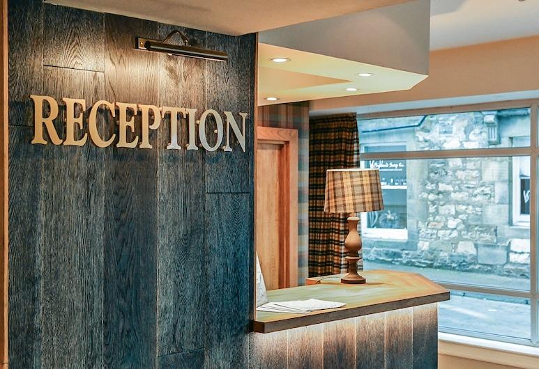 McKays Hotel Bar & Restaurant, Pitlochry, Réception