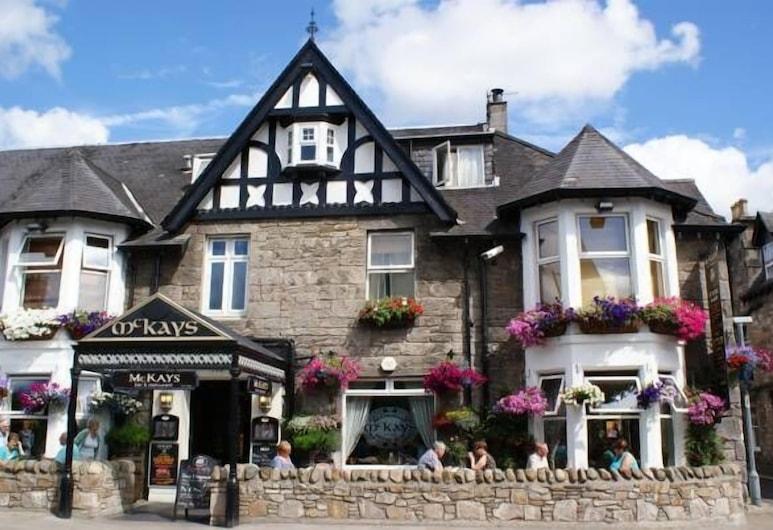McKays Hotel Bar & Restaurant, Pitlochry, Hotel Front