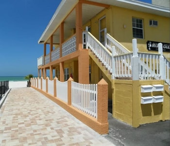 Picture of Redington Beach Vacations by TechTravel in Redington Beach