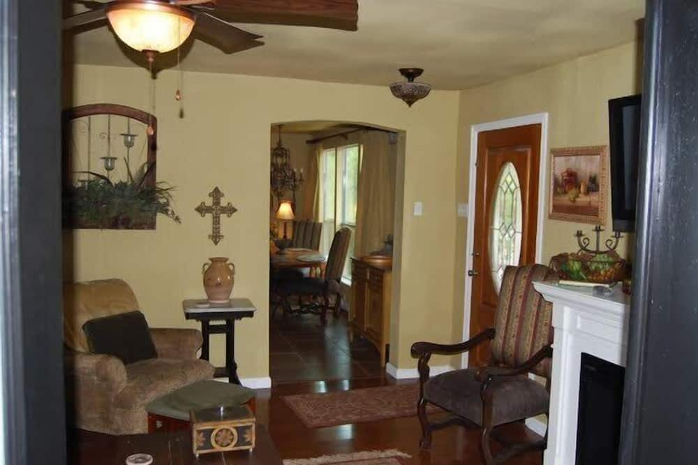 Turner Falls Cabin 2 - Зона гостиной