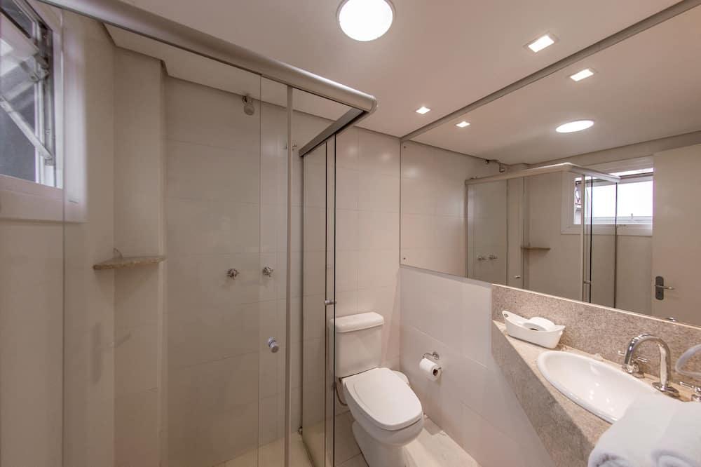 Apartamento Deluxe triplo, 1 cama casal + extra - Bathroom