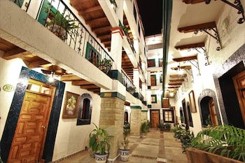 Enter your dates for special Guanajuato last minute prices