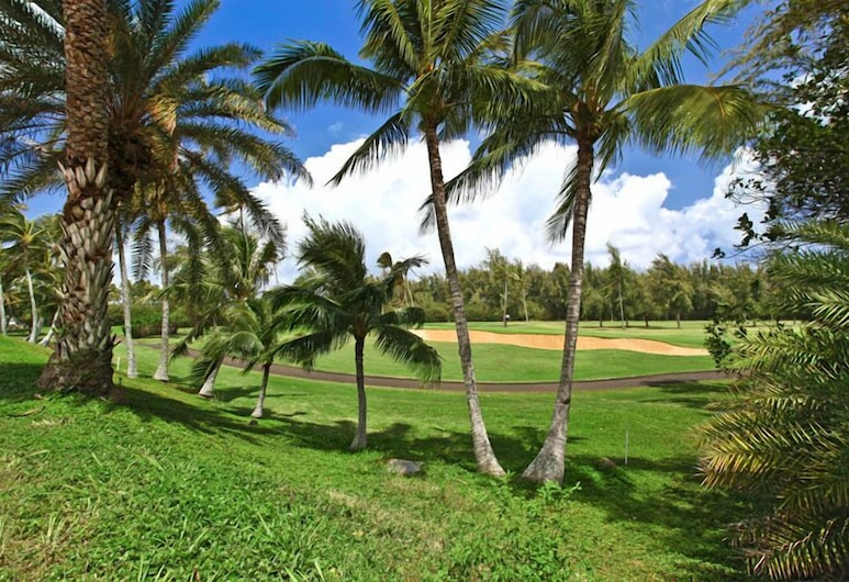 Oahu's North Shore Welcomes You With True Aloha Spirit, 卡胡库