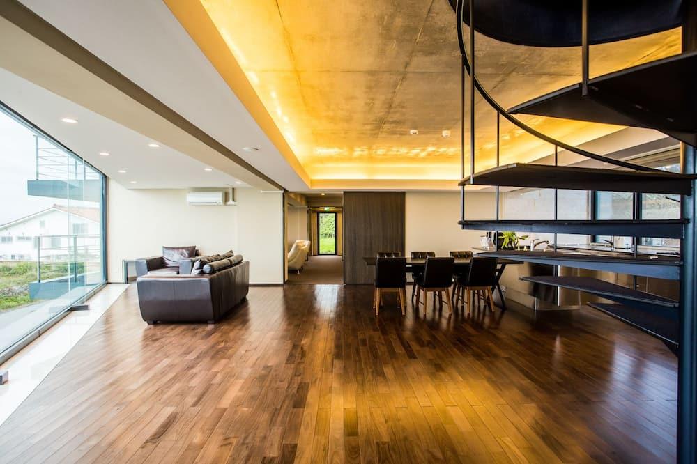 فيلا فاخرة - لغير المدخنين - بمنظر للمحيط (Up to 15 People) - غرفة معيشة