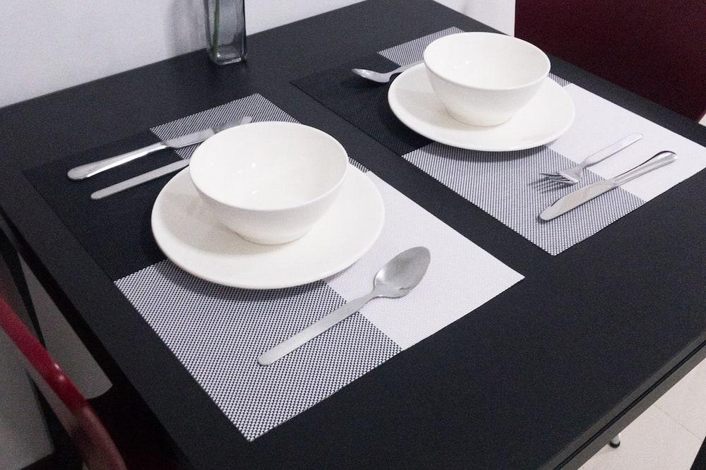 1 Bedroom Apartment - Γεύματα στο δωμάτιο