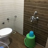 Quarto Económico (Non AC) - Casa de banho