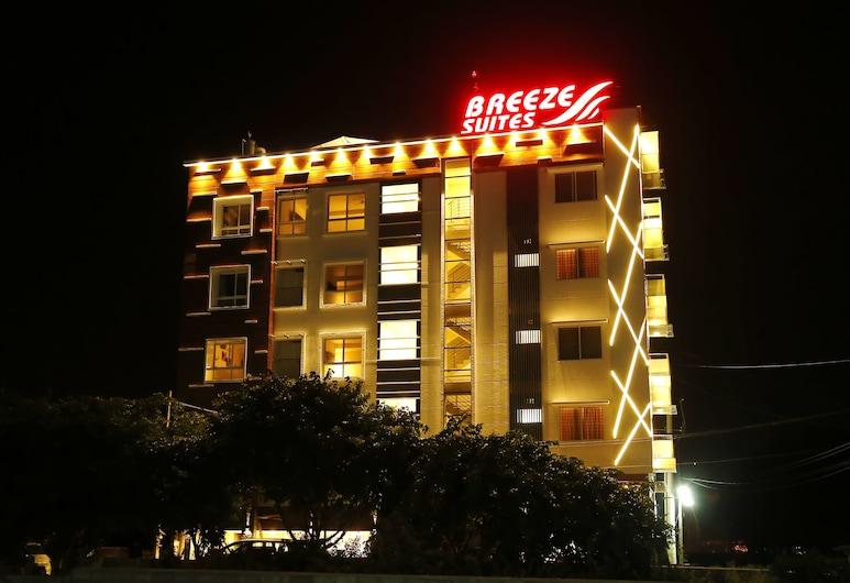Breeze Suites Transit Hotel, Bengaluru