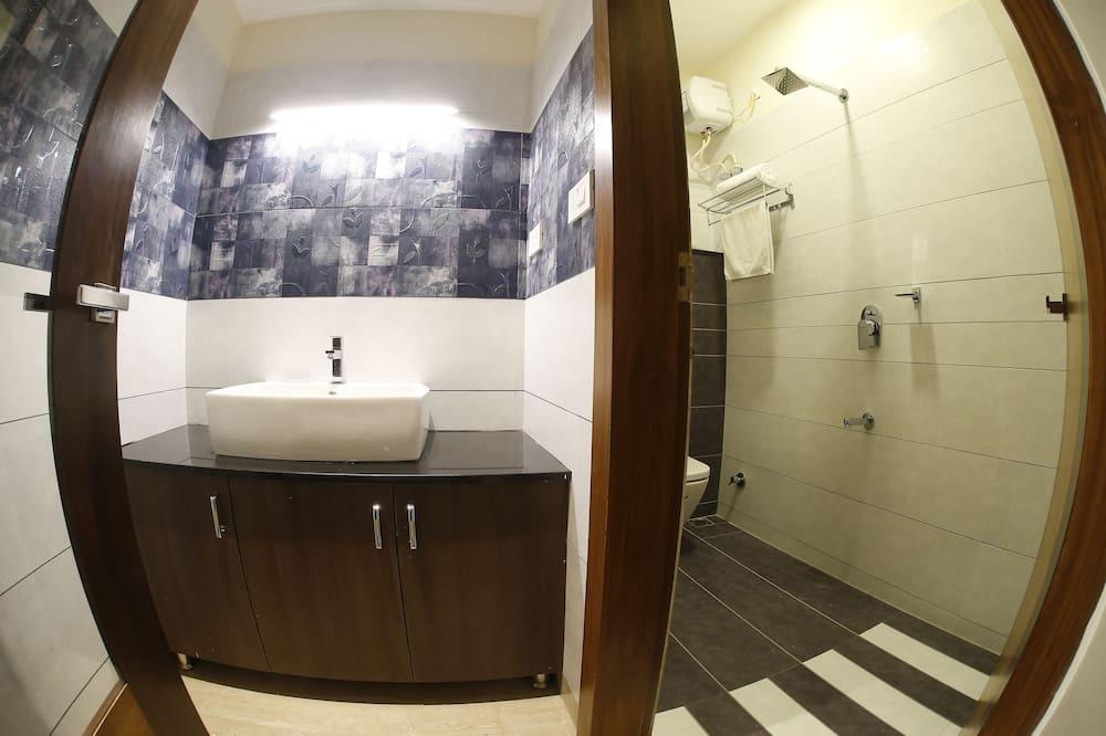 Master Suite Room - Bathroom