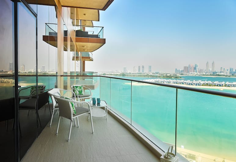 Dream Inn Dubai - Tiara, Dubajus, Vardinės klasės apartamentai, 3 miegamieji, vaizdas į jūrą, Balkonas