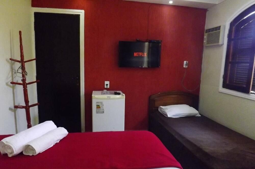 Kolmen hengen huone, Useita sänkyjä - Vierashuone