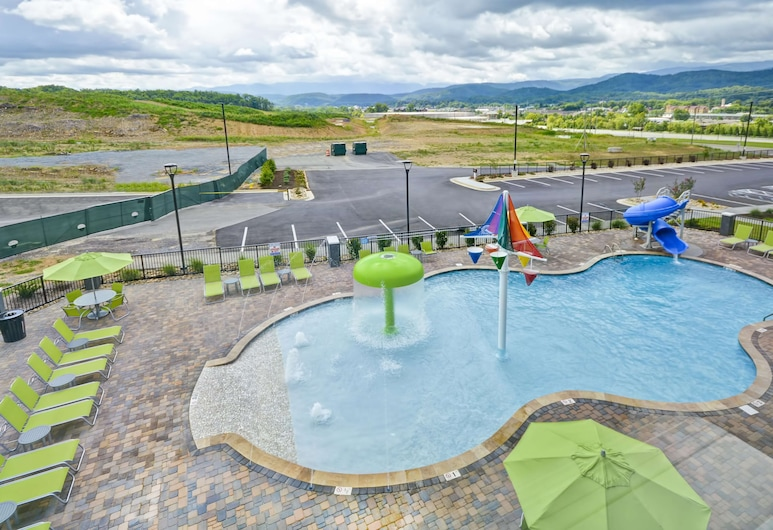 Home2 Suites by Hilton Pigeon Forge, Pigeon Forge, Pool
