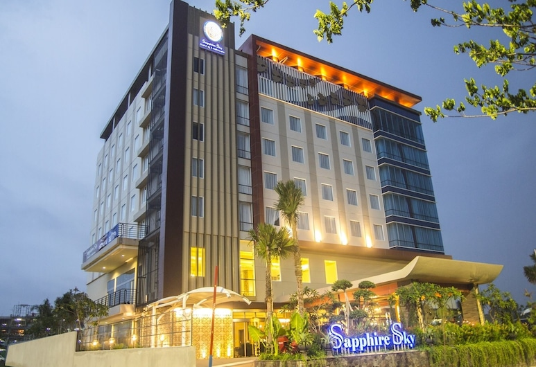 Sapphire Sky Hotel & Conference, Pagedangan