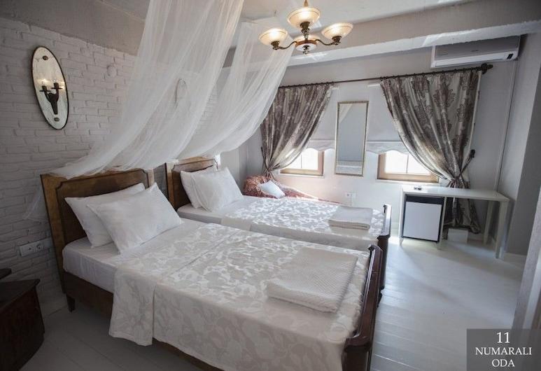 Iola Hotel, Bozcaada, Standardní pokoj se dvěma jednolůžky, 2 jednolůžka, Výhled z pokoje