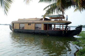 Picture of Sreekrishna Houseboats in Alappuzha
