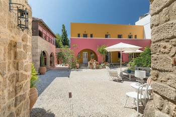 Hình ảnh Saint Artemios Hotel and Oriental Suites tại Rhodes